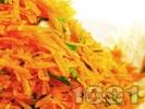 Рецепта Салата от моркови, китайско зеле и магданоз